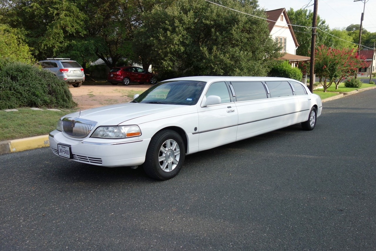 limo service hill country